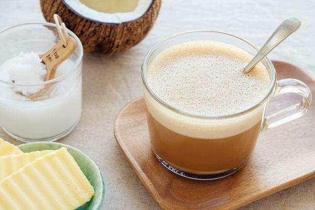 Kawa z masełkiem